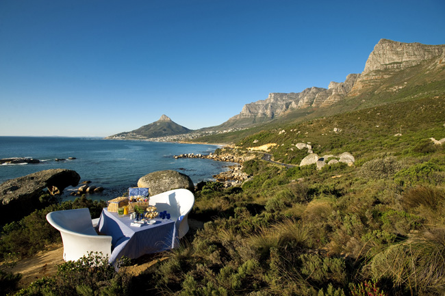Extraordinary Journeys'Romantic South Africa Safari includes aseaside picnic for two at theTwelve Apostles Hotel & Spa.