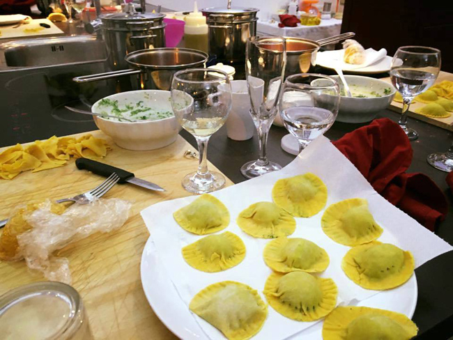 At Delta Vacations new cooking class in Rome, guests are taught by a professional chef.