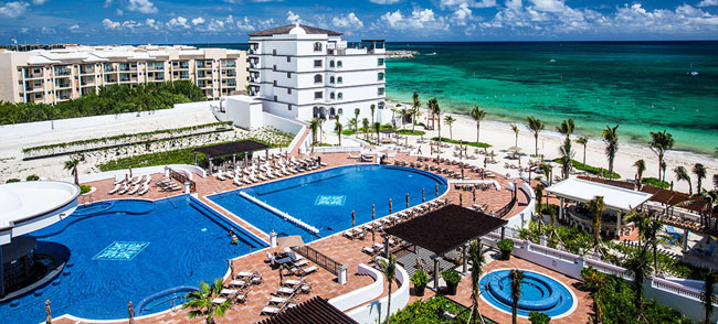 An aerial shot of the Grand Residences Riviera Cancun.