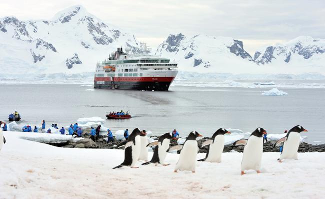 Hurtigruten's newYoung Explorers Programis available on all six of Hurtigruten's Antarctica itineraries aboard the MS Midnatsol.
