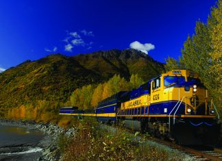 Alaska Railroad's 8-day customizable Alaska's National Parks by Rail itinerary.