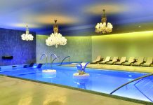 The resort's Awe-Spa offers a 1-hour Water Journey.