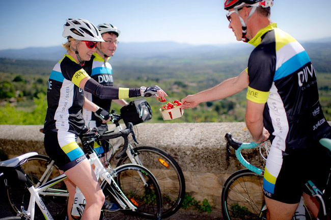 Guests on a DuVine Cycling + Adventure Co.'s bike tour stop for a snack in Provence, France. (Photo credit:DuVine Cycling + Adventure Co.)