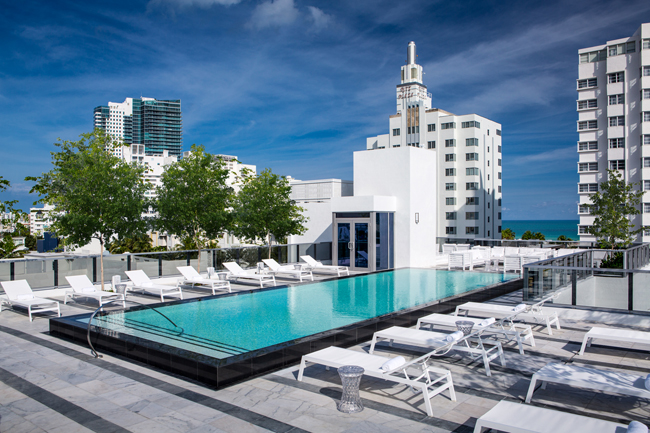 The rooftop pool at Gale South Beach. (Photo credit: Red Square, Inc.)