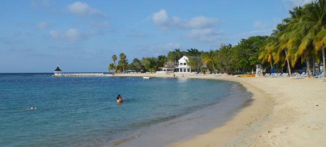 TheHalf Moon Jamaica Resort & Spa in Montego Bay. (Photo credit: Ed Wetschler)