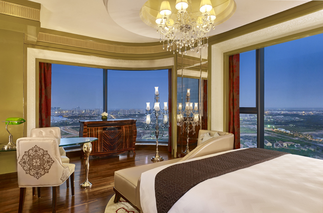 The Grand Deluxe King room at The Reverie Saigon. (Photo credit: Matthew Shaw Photography)