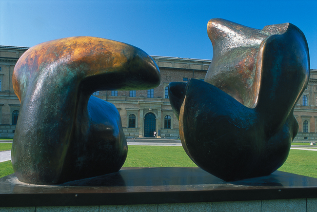 Henry Moore sculpture outside the Alte Pinakothek in Munich, Germany.