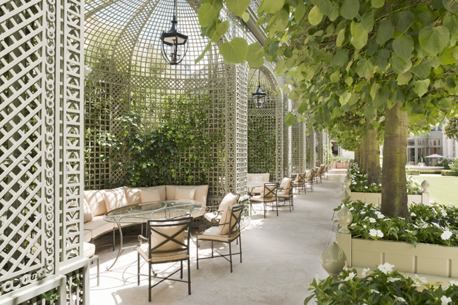 The Ritz Paris' newly designed Grand Jardin was recast by the New York-based design firm Thierry W Despont. (Photo credit: Vincent Leroux)