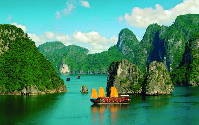 AmaWaterways' 2016 Seminars on the River FAM program includes a 7-night Vietnam, Cambodia & the Riches of the Mekong cruise.