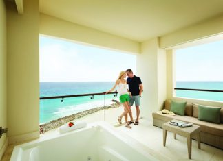 The Hyatt Ziva Cancun offers the adults-only Turquoize area.
