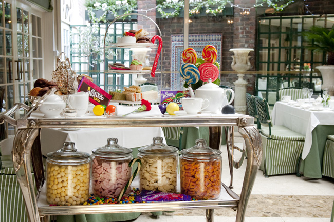 London's The Chesterfield Mayfair offers a Willy Wonka-inspired afternoon tea service.