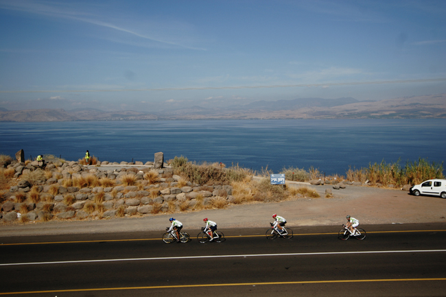 El Al'sHoly Landtourhas the option to visit the Dead Sea.(Photo credit: Shai Gitterman/Israeli Ministry of Tourism)