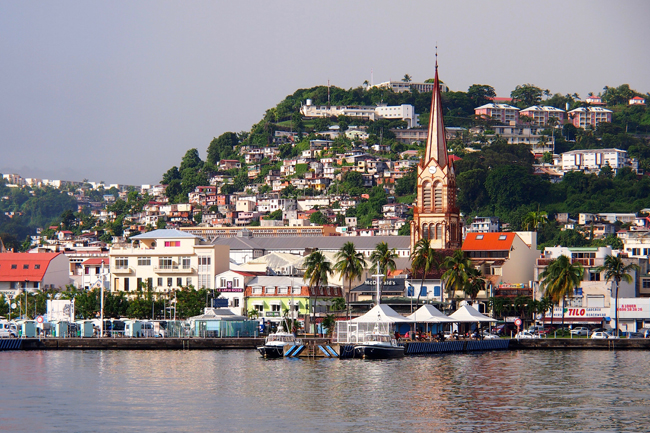 Scenery of downtown Fort de France. (Photo courtesy of Martinique Tourism Authority)