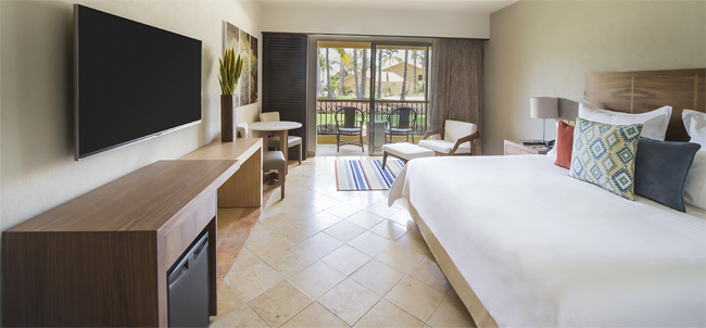 A guestroom at the refreshed Grand Fiesta Americana Los Cabos All Inclusive Golf & Spa in Cabo San Lucas, Mexico.