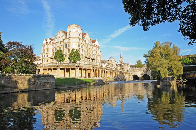 Mickledore's Cotswold Way walking holiday in the UK includes a visit to the UNESCO World Heritage Site of Bath.