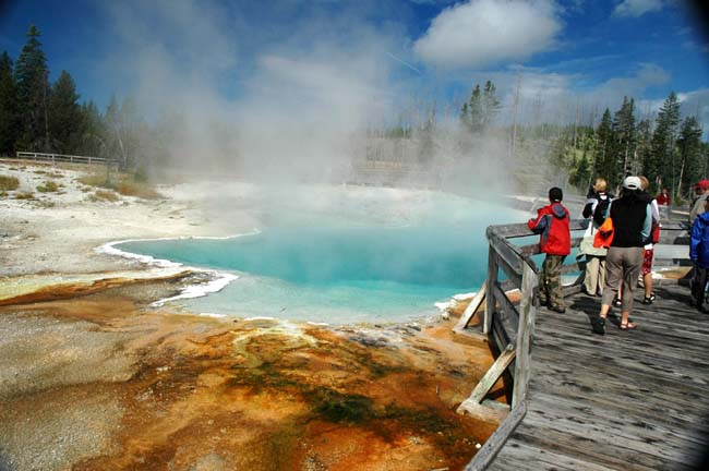 Classic Vacations' new National Parksitineraries includethe 9-day Yellowstone, Mt. Rushmore, Grand Tetons itinerary where guests go on a private guided tour of Yellowstone, Old Faithful and other geysers.