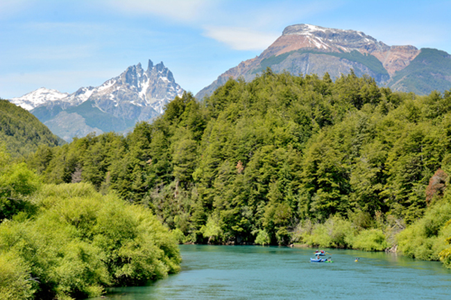 Patagonia Passion's Torres del Paine & Fitz Roy Massif itinerary explores Patagonia's Torres del Paine and the Fitz Roy Massif. (Photo credit: Patagonia Passion)