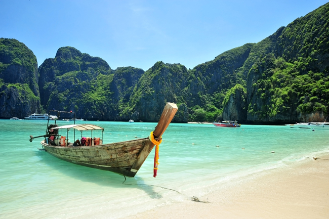 The first of TravelBound's Asia marketing campaign for travel agents features Thailand.
