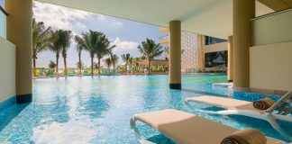 Oceanfront Jacuzzi Suite Swim-Up accommodations at Generations Riviera Maya