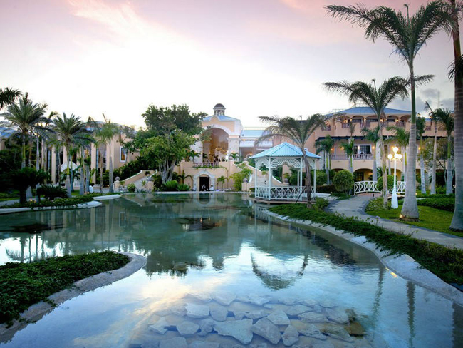 Barcelo Hotel Group'sRoyal Hideaway Playacar adults-only property.