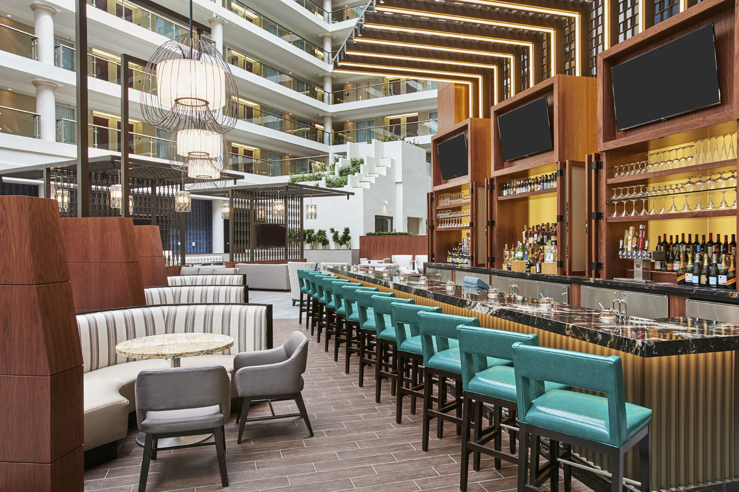 The District Tap restaurant at the Embassy Suites by Hilton Washington DC Georgetown is the ideal spot for a night cap after a day of exploring the area's bustling food scene.