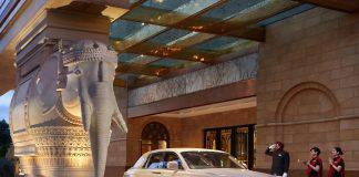 Vilasa Luxury Travel'sfixed itineraries includechauffeuredtransportation.