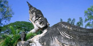 FT-Toursnew Laos FAM visits the country's topsites. Buddha Park (pictured)