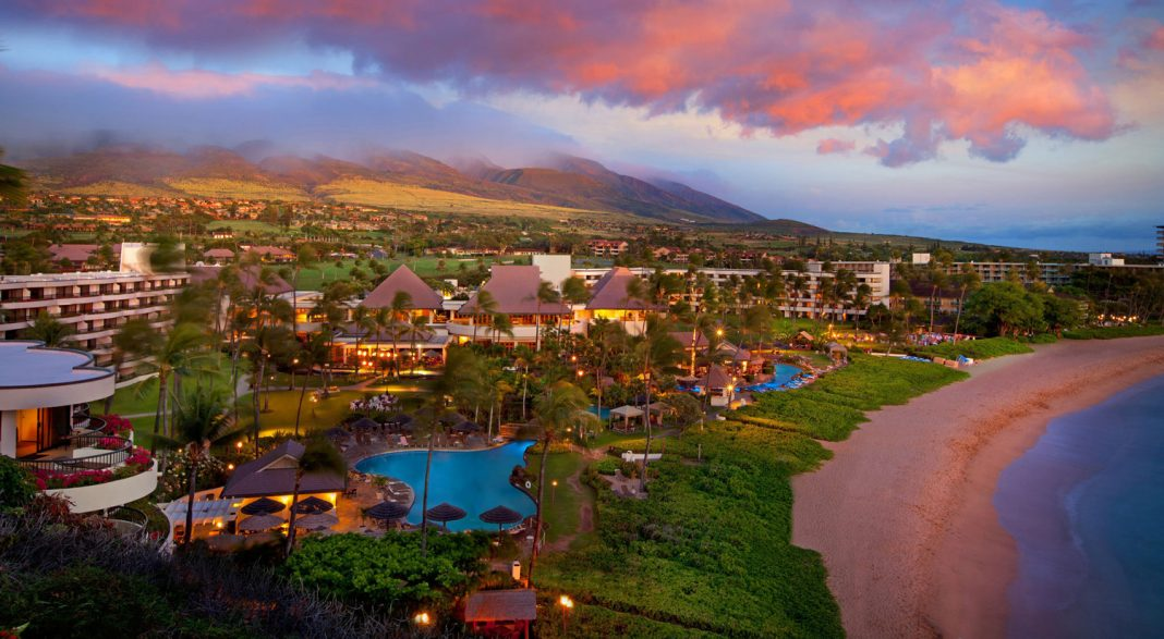 Apple Vacationsis offering two complimentary tickets for a whale-watching cruise at participating resorts in Maui and Oahu. (Photo credit: photo credit is Apple Vacations)