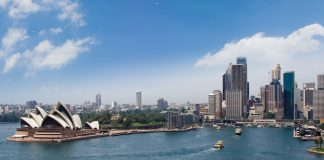 Flo Tours'New Zealand, Australia and Fiji FAM features some of the island's top sites, including Australia'sHarbour Bridge and the Sydney Opera House.