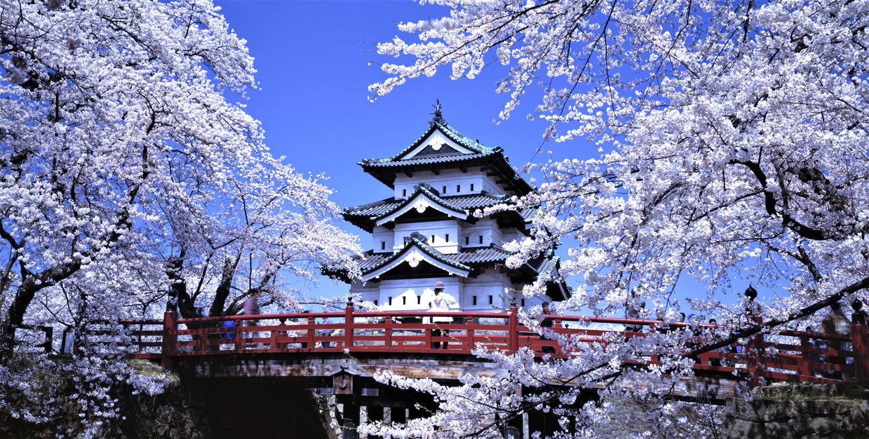 Hirosaki Castle.