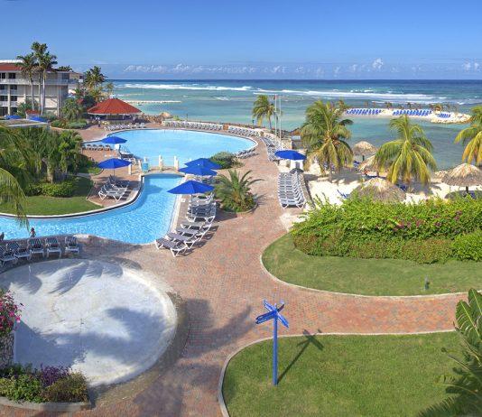 The all-inclusiveHoliday Inn Resort Montego Bayin Jamaica is runninga winter sale.