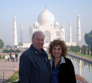 Peggy & Ilan at-Taj-Mahal.