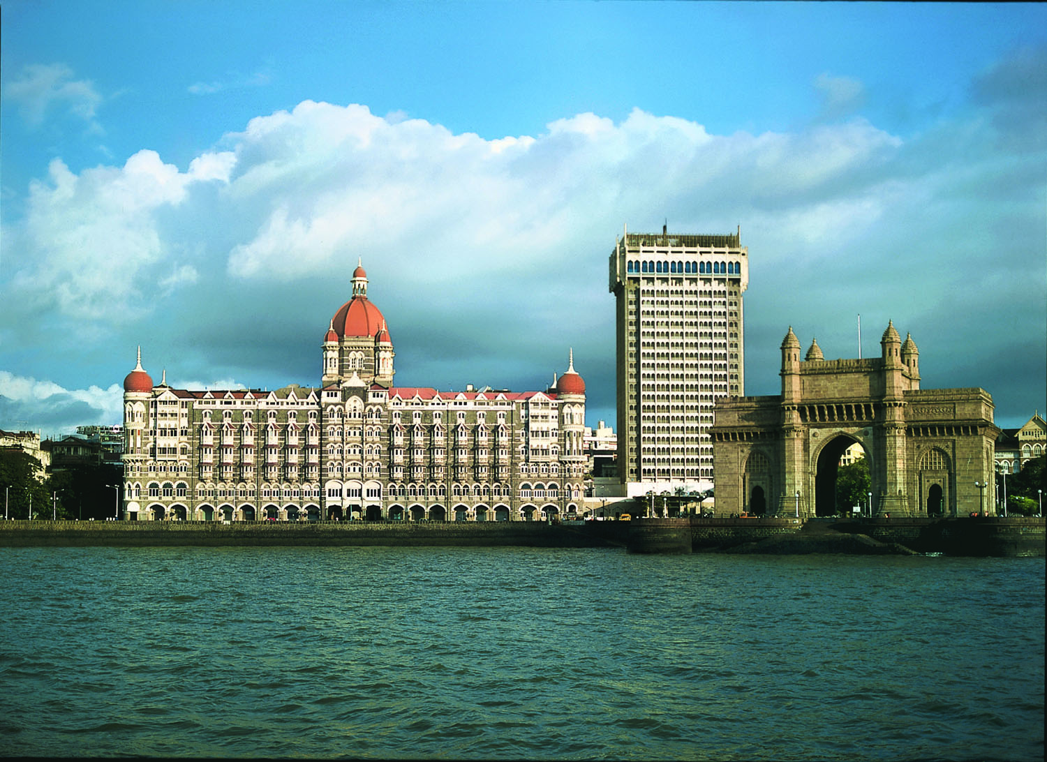 Taj Hotels Palaces Resorts Safaris.