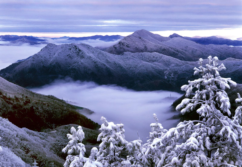 South Korea boasts sparking white mountain slopes and top-notch winter sports infrastructure.