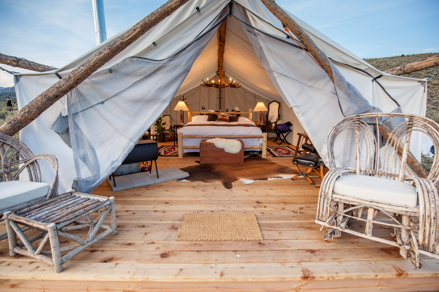 All of Collective Retreats accommodations are in luxury canvas tents each of which are equipped with high-end amenities. & New Experiential Travel Company Debuts Summer Retreats - Recommend