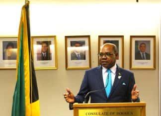 Edmund Bartlett, Jamaica's Minister of Tourism (Photo credit: Barney A Bishop.)