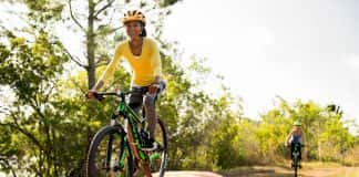 The Hidden Lake bike trail atGrande Lakes Orlandooffers guests 13 and older a 2-mile mountain bike route.