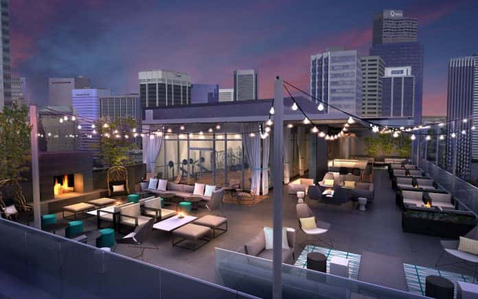 Le Meridien Denver Downtown'sopen-air rooftop bar is said to be the highest in the city.