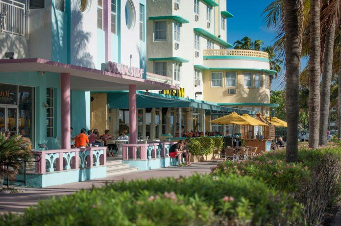Miami Beach. (Photo credit: Greater Miami Convention & Visitors Bureau)