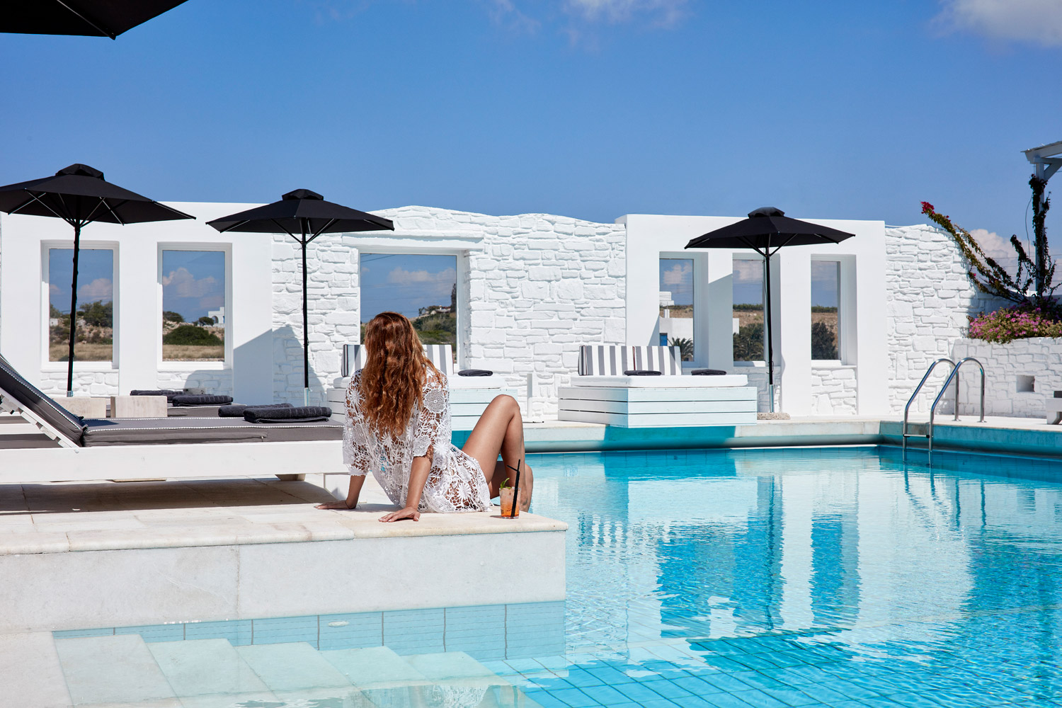 Mr And Mrs White New Style Hotel In Paros Greece