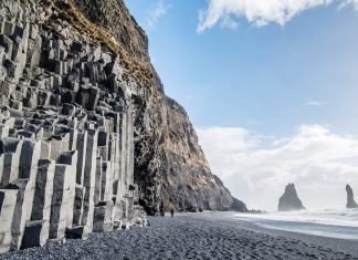 The black sand beaches of Vik, Iceland featured in Jon Snow's quest north of the Wall. (Photo credit: Shutterstock)