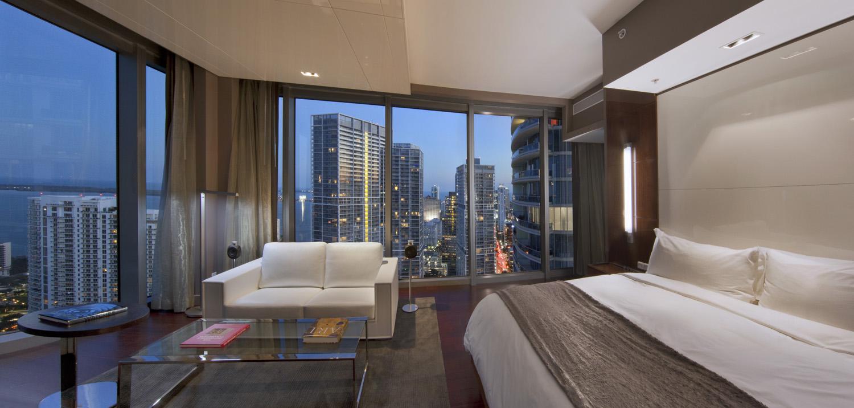 Deluxe Bayview Corner Room