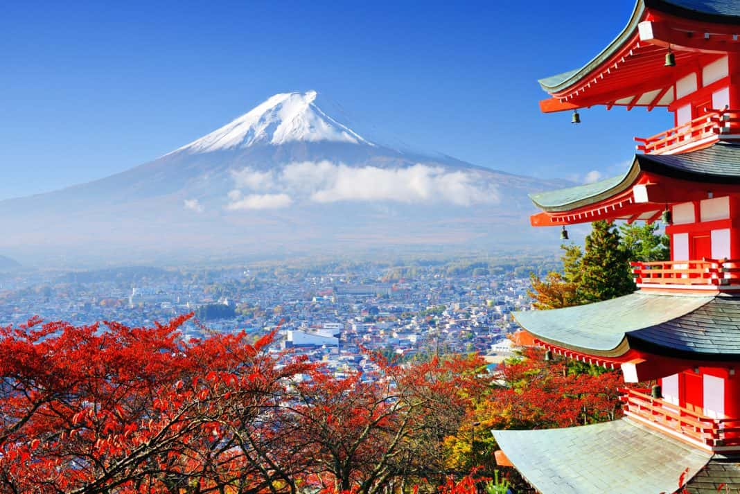 Stunning China's Best of Japan FAM tours Tokyo, Owakudani, Mt.Fuji, Toyohashi, Nara, Kyoto and Osaka.