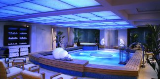 The therapy pool at the Canyon Ranch SpaClub on board Cunard's Queen Mary 2.