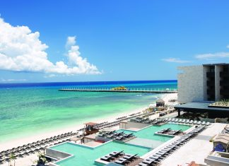 Bird's-eye view of the pool area at Grand Hyatt Playa del Carmen.