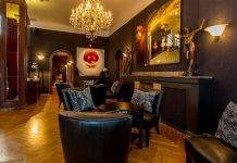 Hotel-St-Petersbourg