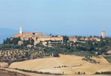 Cyclists on the 8-Day Postcards of Tuscany Bike Tour will enjoy classic views like this and more.