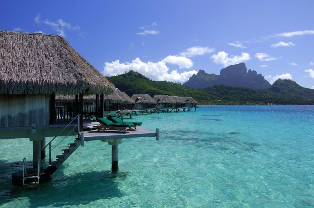 Top-sellers can win a trip to Tahiti as part of Pleasant Holidays and Journese's new incentive program.