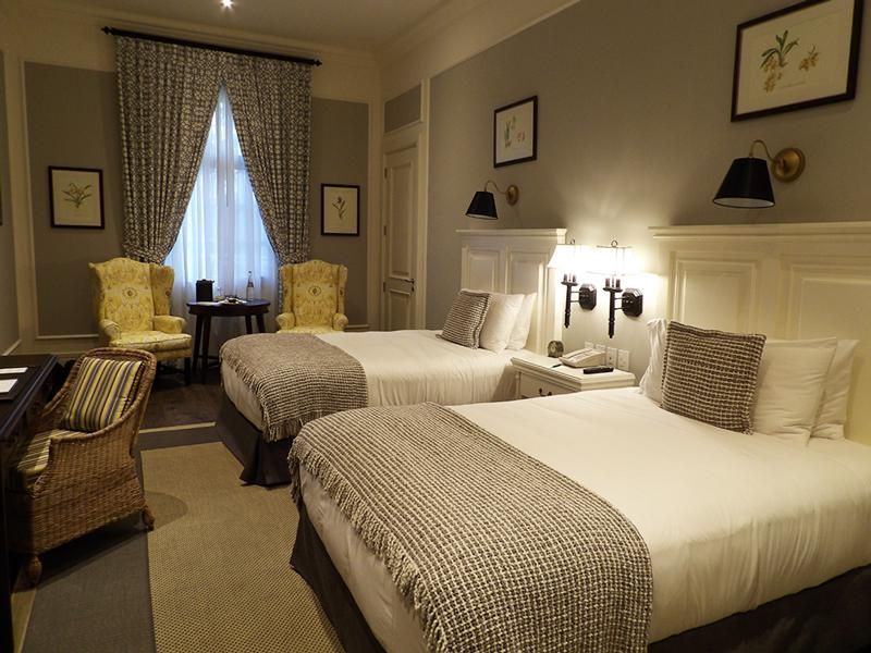 Guestroom at Hotel Del Parque