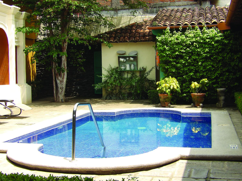 Poolside at Hotel el Convento in Leon. (Carla Hunt)